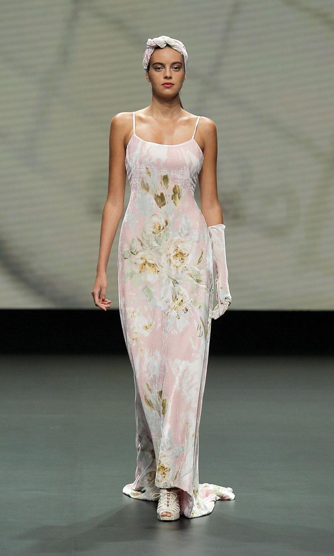 Vestido de flores by Olga macia